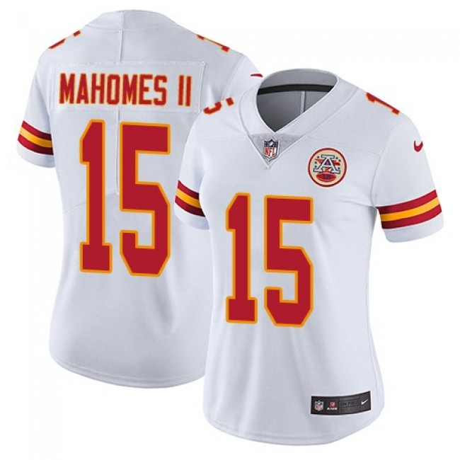 Women's Chiefs #15 Patrick Mahomes II White Stitched NFL Vapor Untouchable Limited Jersey