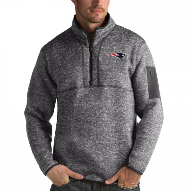Men's New England Patriots Charcoal Antigua Fortune Quarter-Zip Pullover Jacket